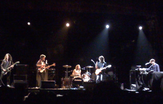 picture 11 Beck awes the Aragon Ballroom (10/2)