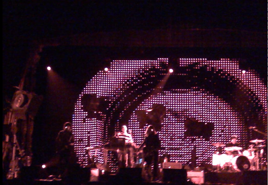 picture 6 Beck awes the Aragon Ballroom (10/2)