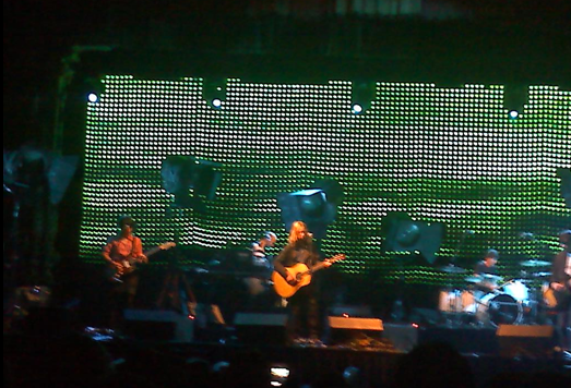 picture 8 Beck awes the Aragon Ballroom (10/2)