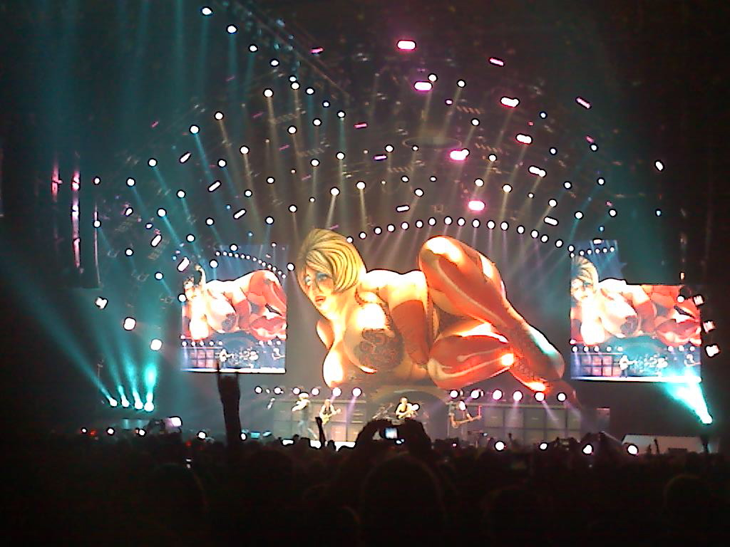 081101 214210 AC/DC thrills a sold out Allstate Arena (11/1)