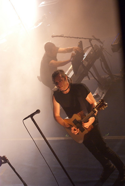 nin5 Nine Inch Nails wave farewell to Terminal 5 (8/25)