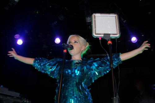 boots4 Little Boots dazzles Bowery Ballroom (9/16)