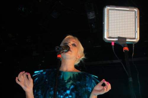 boots6 Little Boots dazzles Bowery Ballroom (9/16)