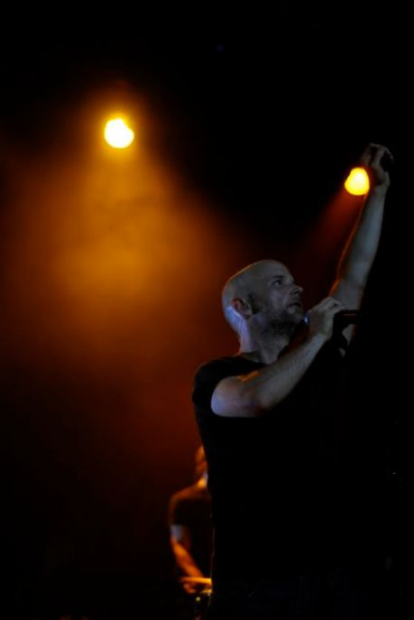 cap 1069 Moby dazzles Chicago, saves Wednesday night (9/30)