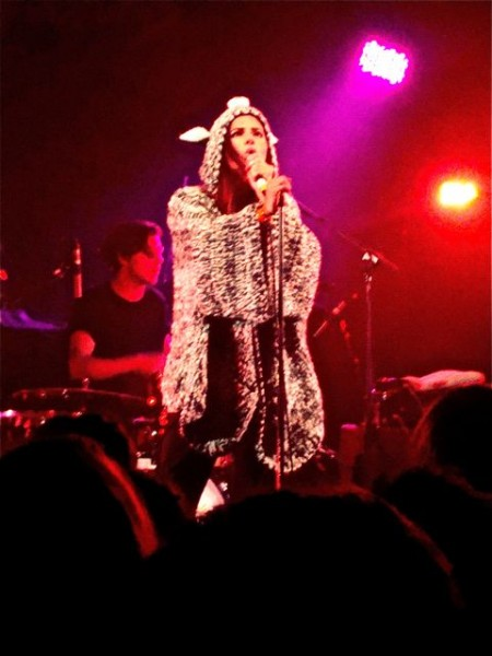 dsc02767 450x600 NME Radar Tour trots to Londontown (10/13)