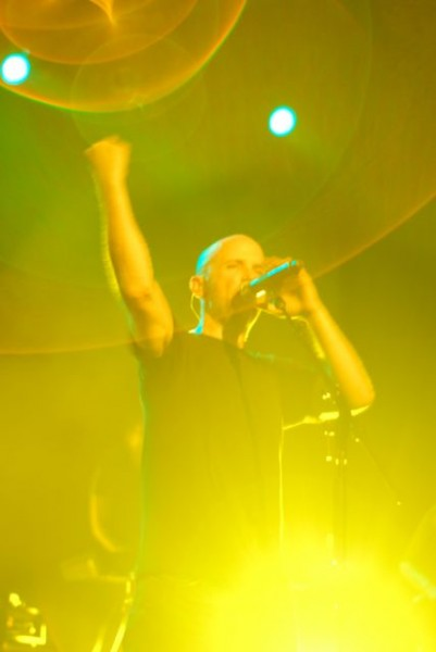 moby11 Moby dazzles Chicago, saves Wednesday night (9/30)