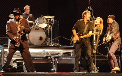 6a80cf04 f468 4b5f 8580 90b0790998bah2 CoS Live Act of the Decade: Bruce Springsteen and the E Street Band