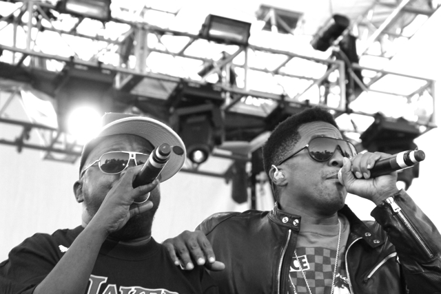 a tribe called quest 10 Sun, Smoke, and Spittin' Rhymes: CoS at Rock the Bells 10
