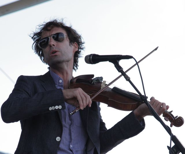 chillin the folk out cos at newport folk fest 10 andrew bird Chillin the Folk Out: CoS at Newport Folk Fest 10