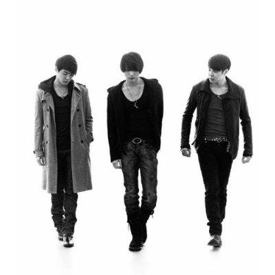 """[04032011][NEWS]Blog của một staff 3HREE VOICES - """"Tiếng khóc cay đắng mà cả 3 đều ghìm lại"""" Jyj"""