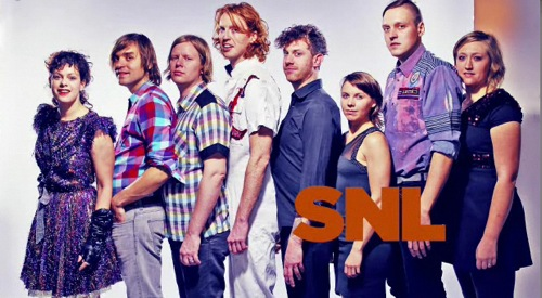 arcade fire snl2 Watch: Arcade Fire return to SNL, bring friends