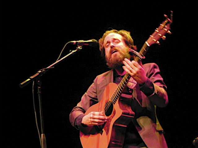 cosironwine5 Iron & Wine feels intimately distant at Miami Beachs Fillmore (11/18)