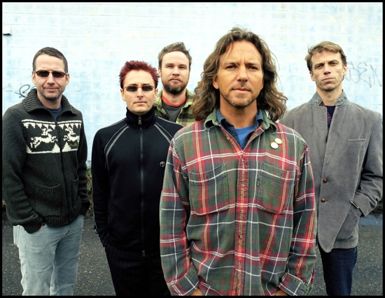 pearl jam Video: Pearl Jam 20 Day 2 highlights