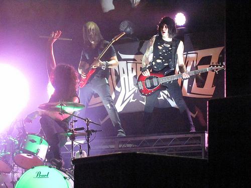 escapethefatcailajo2 Live Review: Escape the Fate in Chicago (2/20)