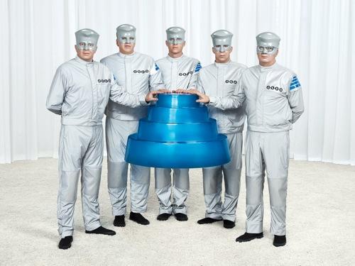 devo floating dome Devo announces Colorado, California tour dates