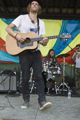 sat alberta cross 1 Festival Review: CoS at Bonnaroo 2011