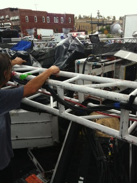lips 8 Stage collapses prior to Flaming Lips show in Tulsa, OK
