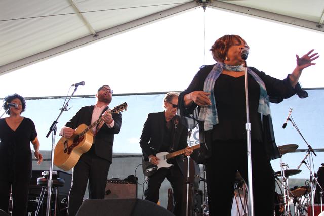 mavis staples 2 Festival Review: CoS at Newport Folk Festival 2011