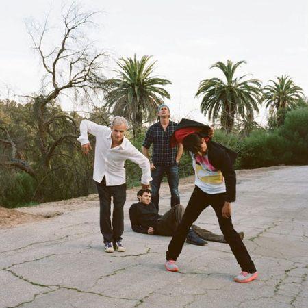 red hot chili peppers Red Hot Chili Peppers reschedule U.S. tour