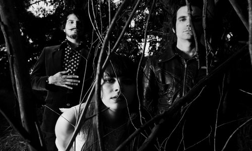 lebutch1 Le Butcherettes launch first ever headlining tour
