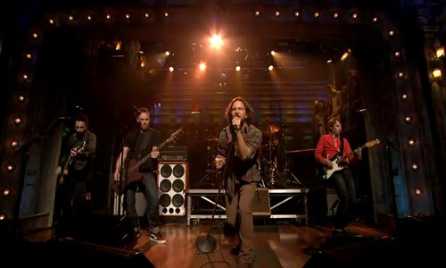 pj Video: Pearl Jam debut Olé on Fallon