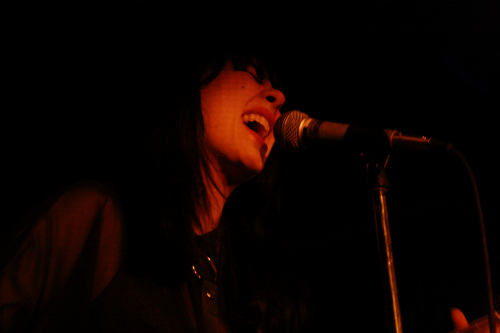 dum5 Live Review: Crocodiles, Dum Dum Girls at Saint Pauls Turf Club (10/12)