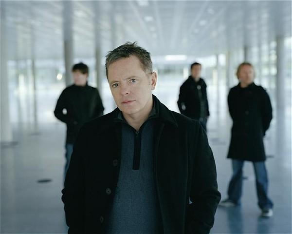 neworder Video: New Order reunites in Brussels, performs 15 song set