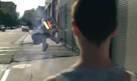 "fffhurting Video: Friendly Fires   ""Hurting"""