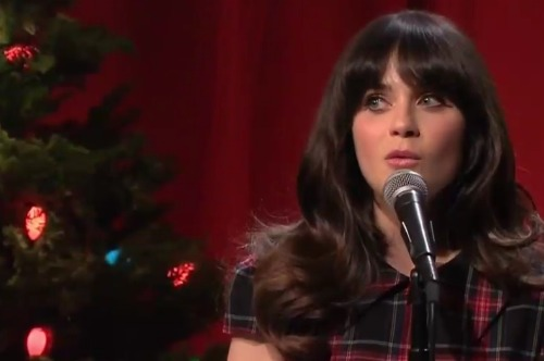 sheandhim1 Video: She & Him dances The Christmas Waltz on The Tonight Show