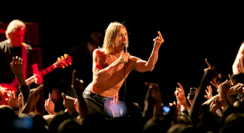 iggypopdebi2 Live Review: Iggy & the Stooges, Le Butcherettes at the Hollywood Palladium (12/1)