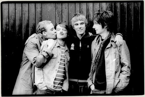 stone roses1 The Stone Roses sign major label record deal