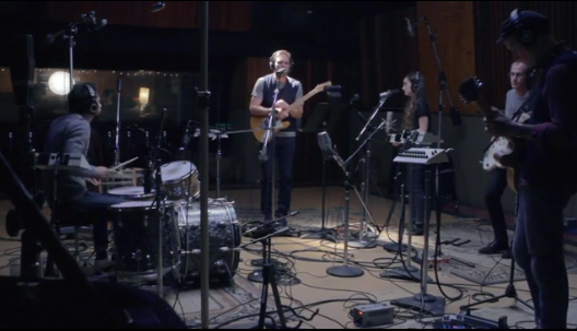 coldwarkidscohen Video: Cold War Kids cover Leonard Cohens There Is a War