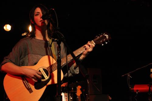 sharonvanetten20123 Live Review: Sharon Van Etten, Shearwater at D.C.s The Black Cat (2/11)