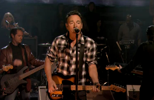 springsteenfallon2 Video: Bruce Springsteen and the E Street Band shack up with Fallon