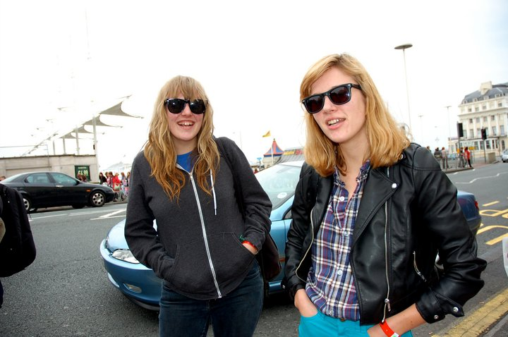 bleachedphoto Interview: Jennifer and Jessica Clavin (of Bleached)