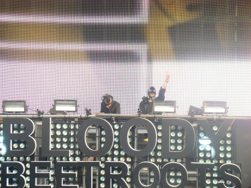 bloody beetroots sunday live stage Festival Review: CoS at Ultra Music 2012
