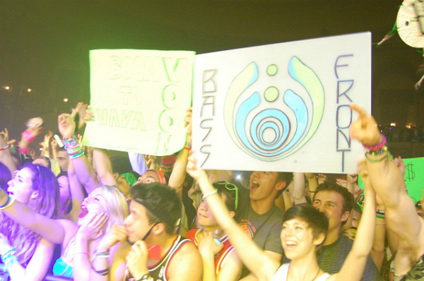 bassnectar crowd Live Review: Bassnectar at Chicagos Congress Theater (4/14)
