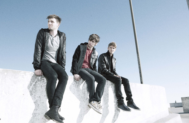 fosterthepeople 2012 Video: Foster the People and The Kooks cover Alabama Shakes