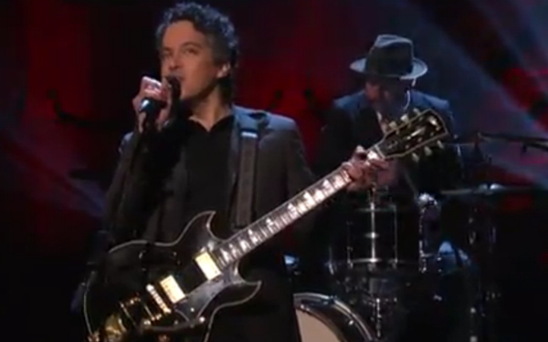 mwardconan1 Video: M. Ward performs Primitive Girl on Conan