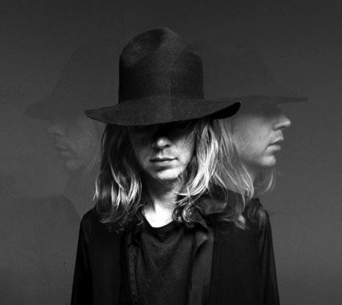 beck cos 1 Video: Beck performs at El Rey Theatre