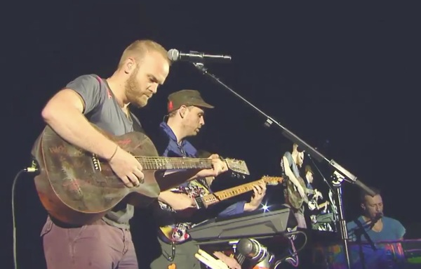 coldplay beastie boys Video: Coldplay pays tribute to MCA