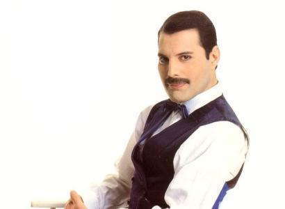 freddie mercury Queen creates Freddie Mercury optical illusion