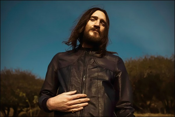 letur lefr john frusciante ep e1337610026391 John Frusciante announces new solo EP: Letur Lefr