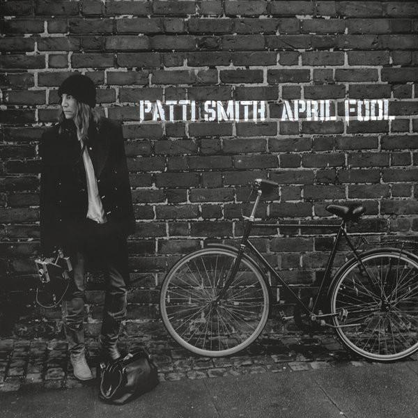 smith aprilfool Check Out: Patti Smith   April Fool