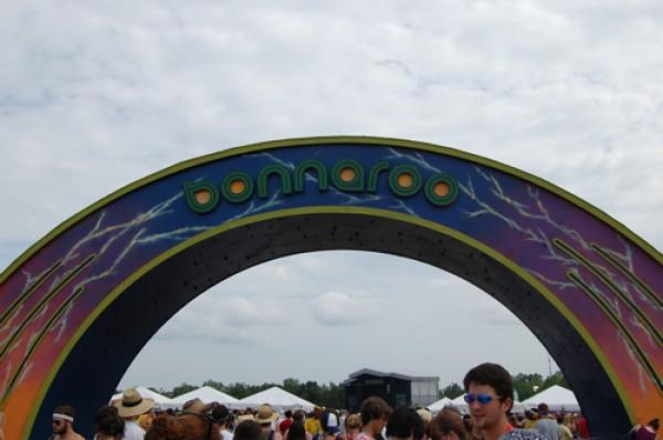 bonnaroo e1338989630848 Festival Guide: Bonnaroo 2012: How to Make it on The Farm