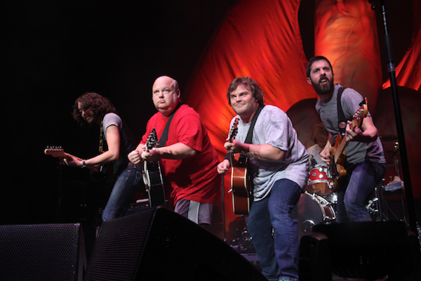 d 3 Live Review: Tenacious D at New Yorks Hammerstein Ballroom (6/28)