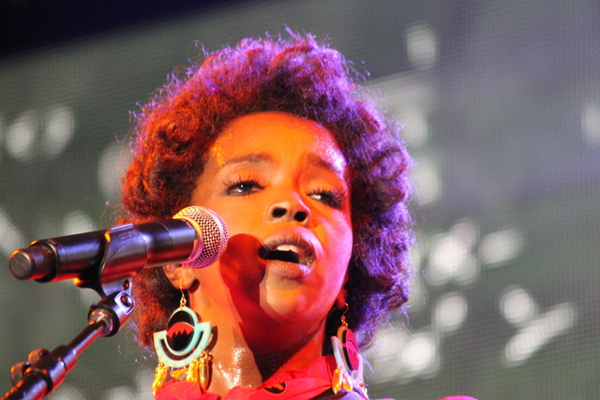 laurynhill jakecohen Lauryn Hill released from prison, celebrates with new song Consumerism