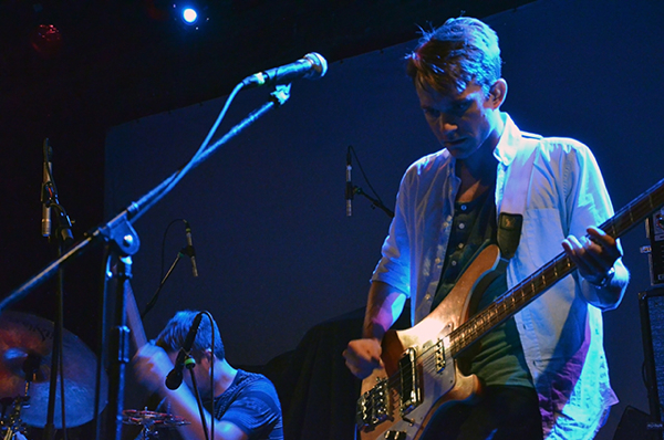 ceg 44 Live Review: A Place to Bury Strangers, Cymbals Eat Guitars at NYCs Music Hall of Williamsburg (7/27)