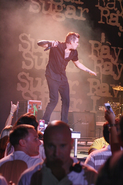 sugarray7 Live Review: Everclear, Sugar Ray, and the Summerland Tour at Holmdel, NJ (7/21)