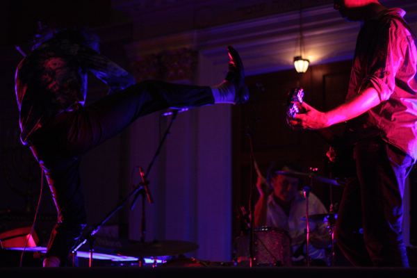 dirty three drew litowitz 04 Live Review: Dirty Three at D.C.s Sixth & I Synagogue (9/23)